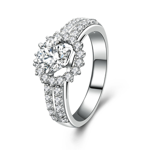 r1014 Hot Sale Jewelry 925 Sterling Silver White Gold Filled Engagement Ring With Charming zircon